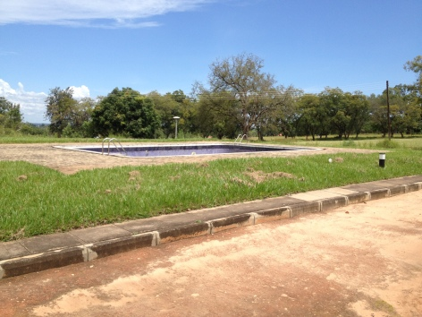 Arua Golf Course has a swimming pool too?